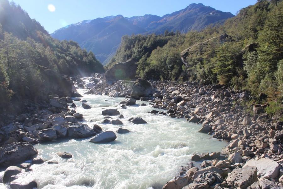 Berge-und-Fluss