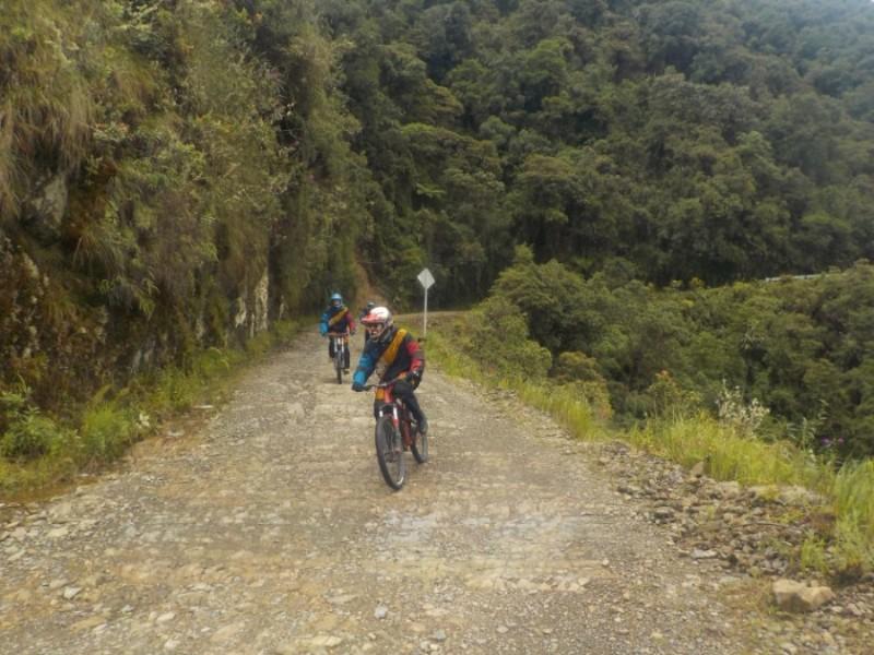 Death Road Downhill Mountainbiken Fahrrad La Paz Bolivien Südamerika Modisch Aktion Sport Spaß