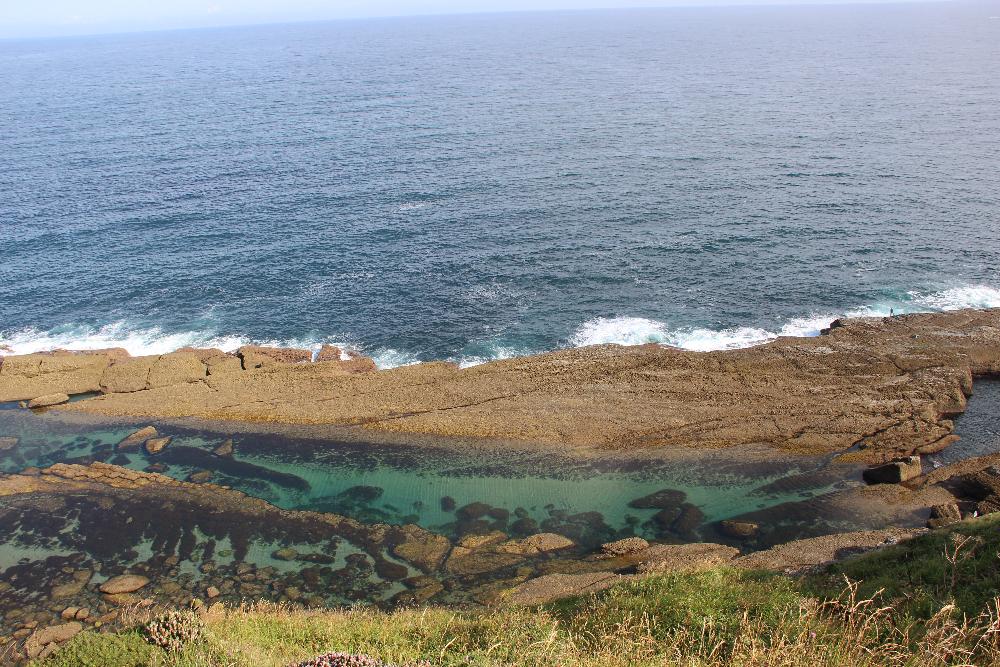 Natürliche Pools im Meer