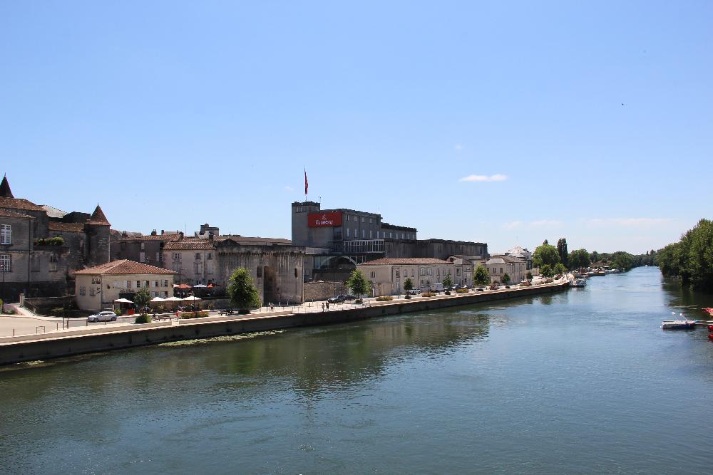 Promenade-in-Cognac