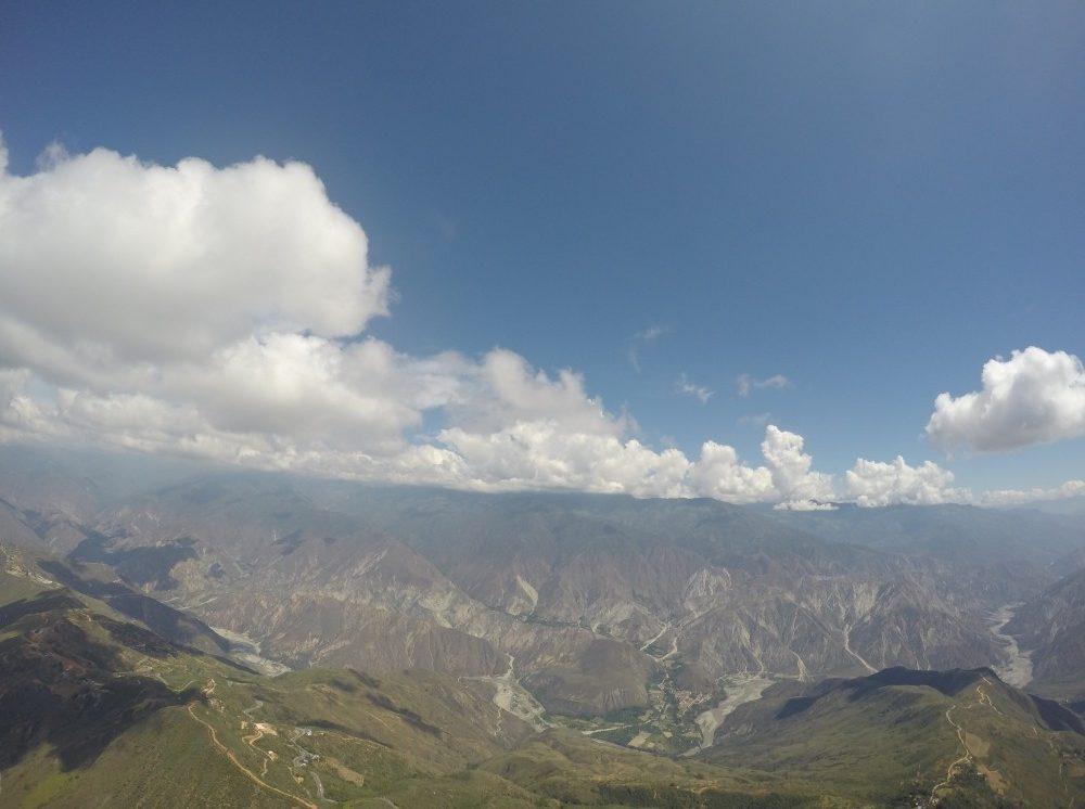 Chichachoma Canyon Paragleiten Luftaufnahme
