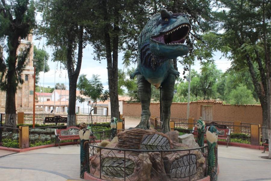 Torotoro Nationalpark Bolivien Südamerika Dinosaurier Statue Jurassic Park