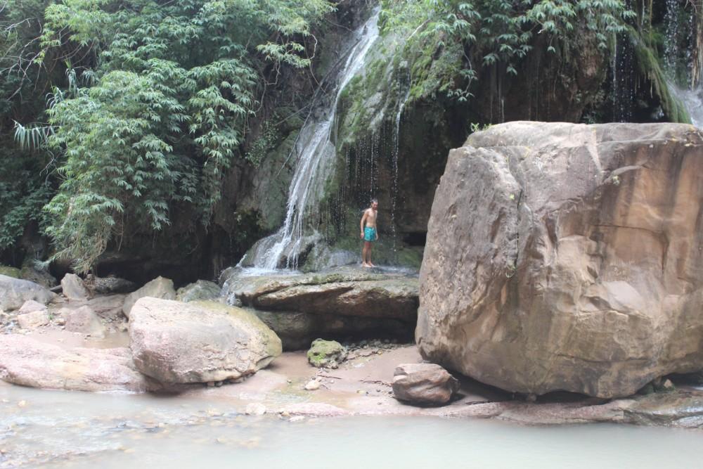 Torotoro Nationalpark Bolivien Südamerika Canyon Fluss Wasserfall Abkühlung