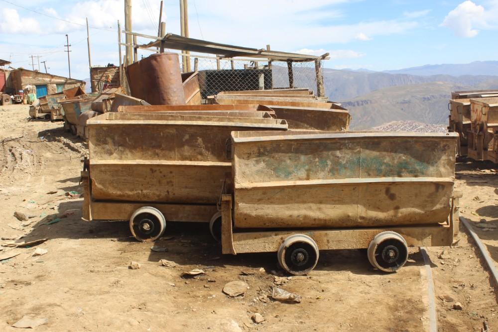 Karren Potosi Bolivien Südamerika Stadt Mine Silbermine Bergbau