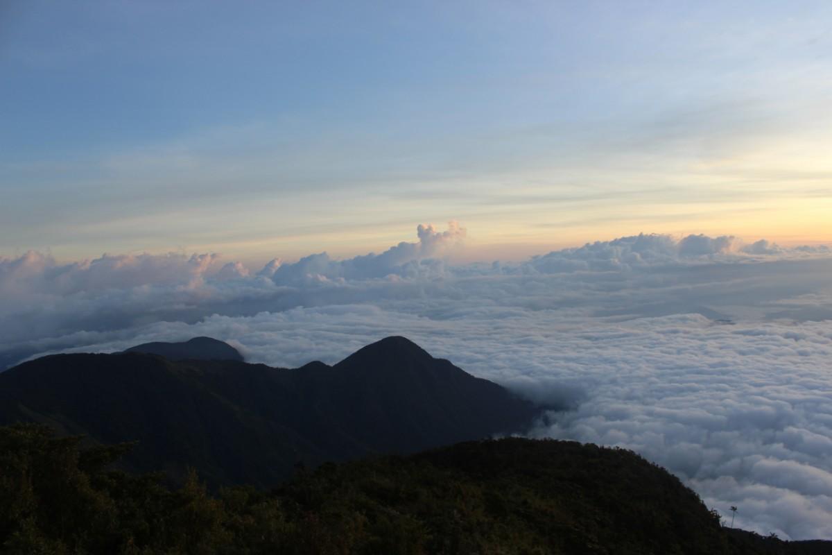 Berge Wolken