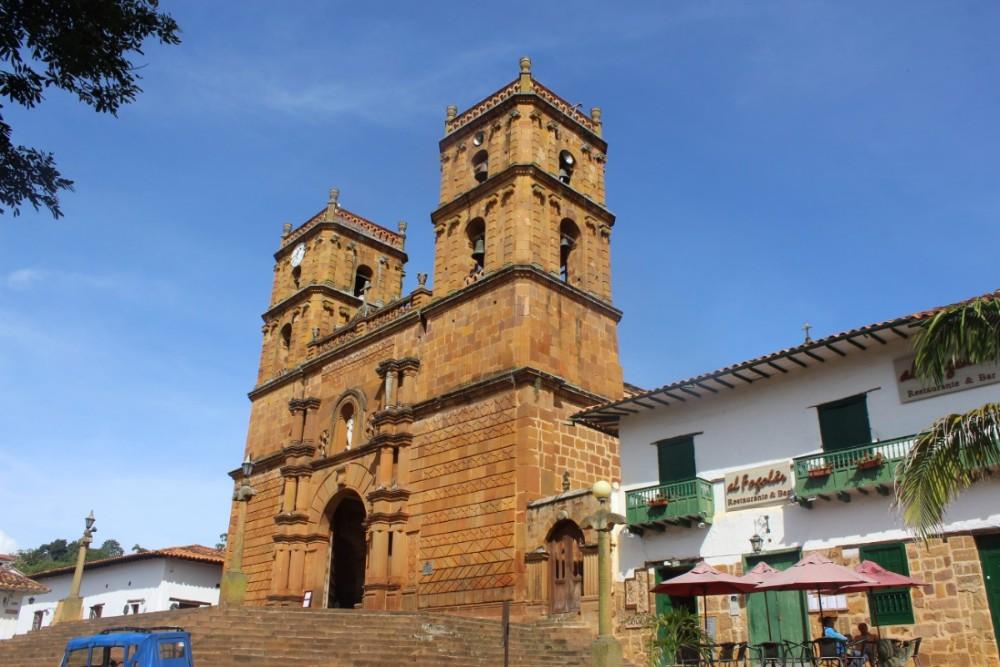 Barichara Kirche Mittelpunkt der Stadt