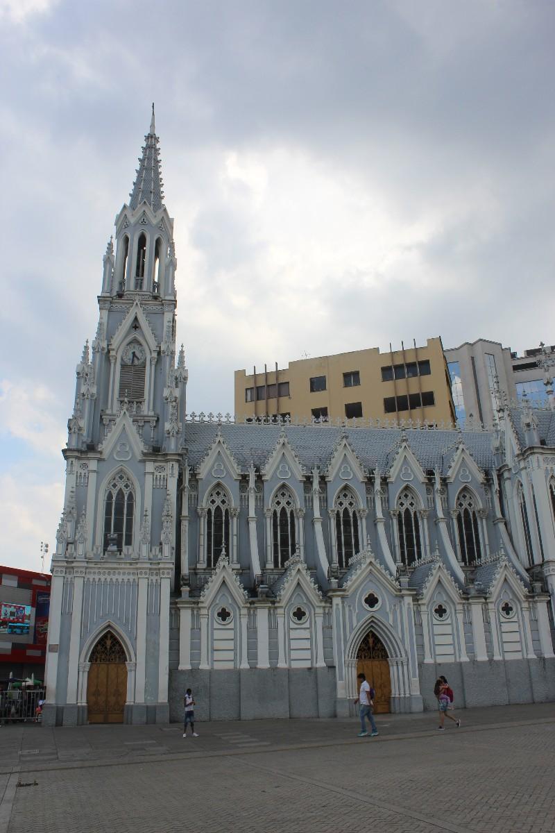 Cali Kirche Platz
