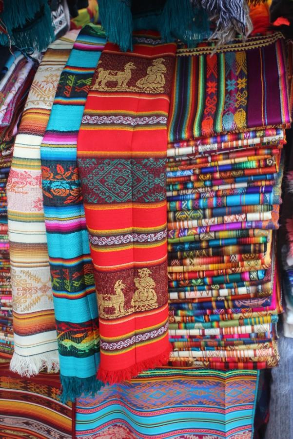 Farben Muster Schale Otovalo Markt