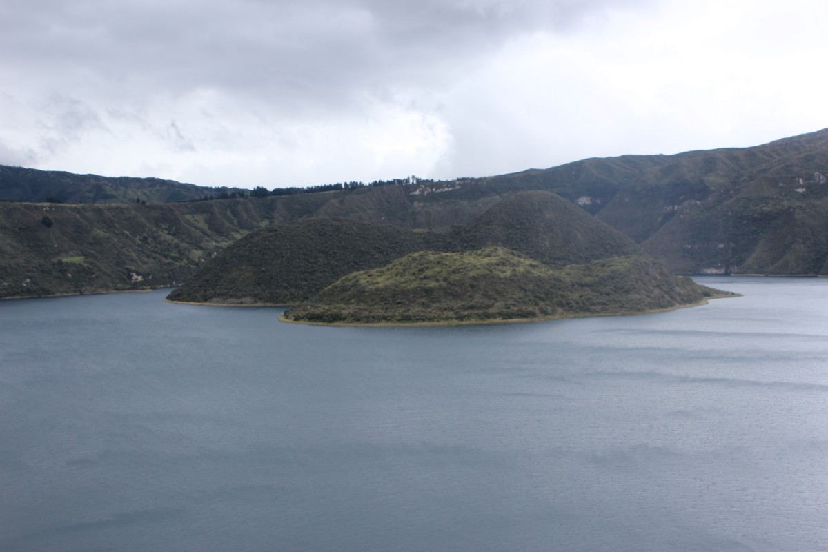 Lagune Otavalo Inseln Vulkan Krater