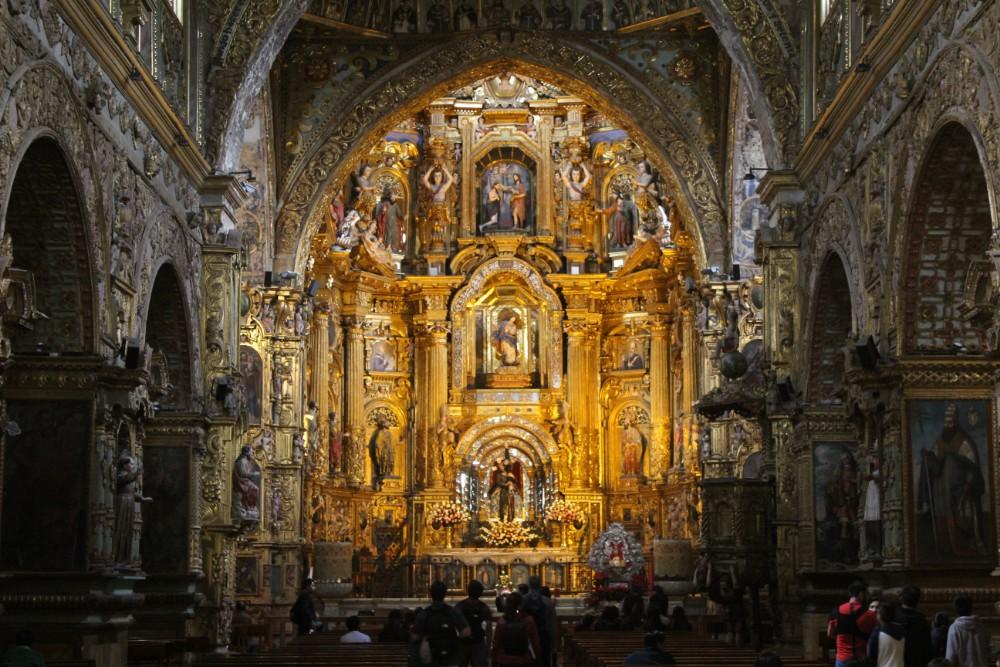 Quito Ecuador Kirche Altarraum