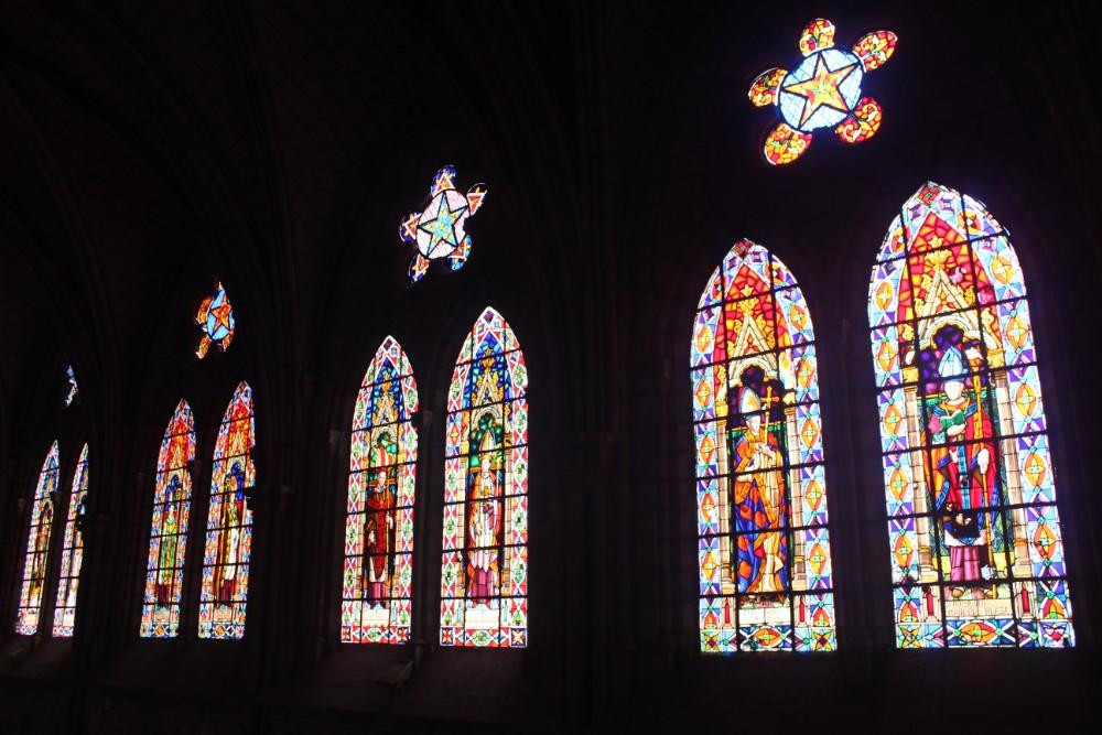 Bunt Kirchenfenster Basilika Ecuador Quito