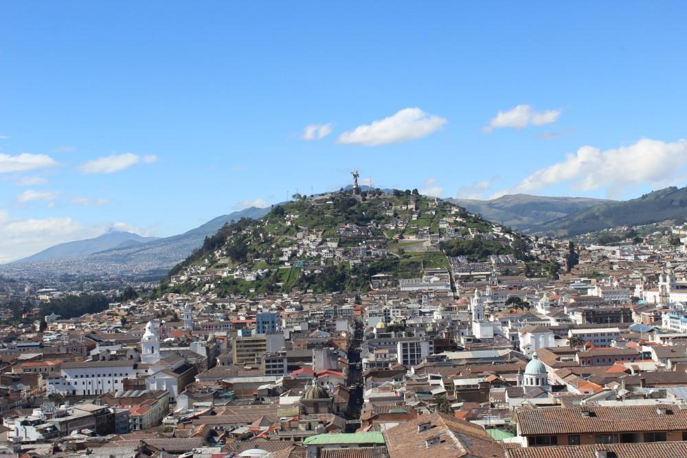Stadt Quito Ecuador Aussicht Statue Basilika