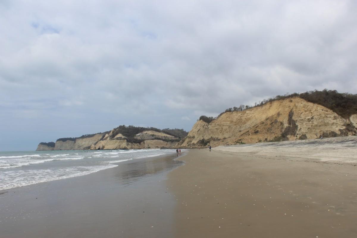 Strand Meer Klippen Sommer Wellen