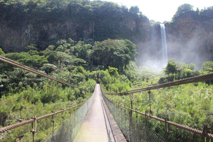 Wasserfall Banos Natur Ecuador Fahrradrundfahrt Aussicht