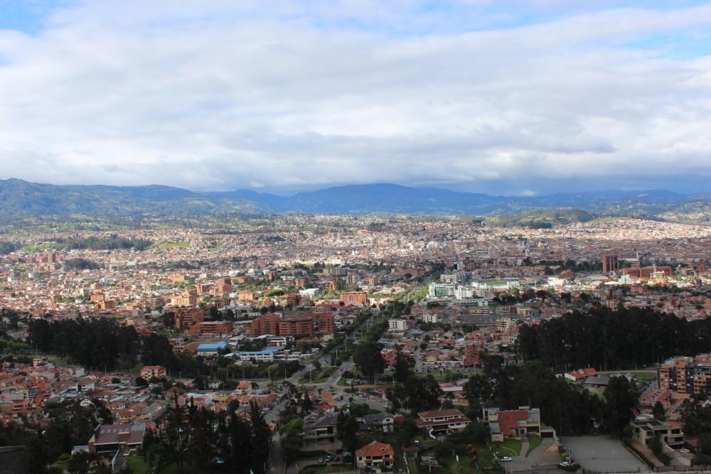 Cuence Stadt Häuser Aussicht Aussichtspunkt Großstadt Ecuador Südamerika