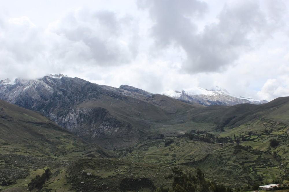 Lagune Chuchurup  Berge Gebirge Gletscher See Wanderung Huaraz Peru Südamerika