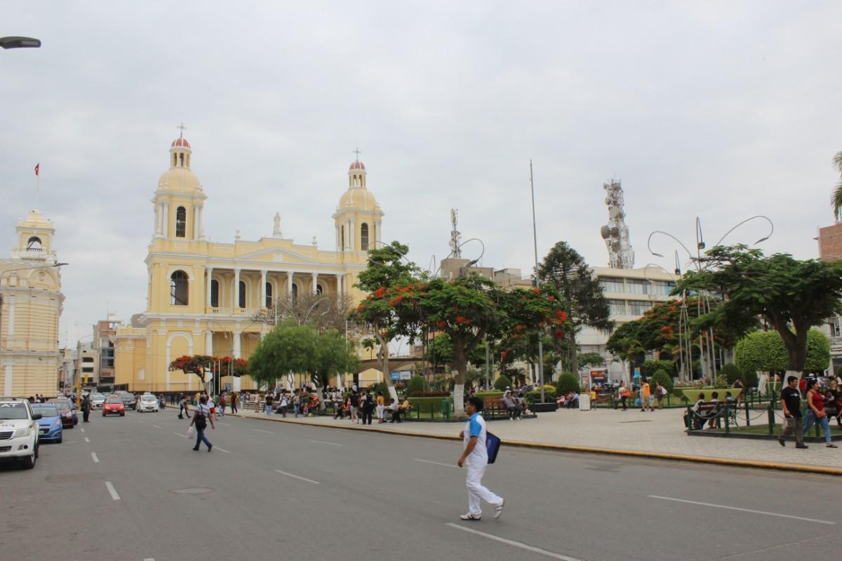Chiclyao Peru Großstadt Südamerika Hauptplatz Plaza de Armas