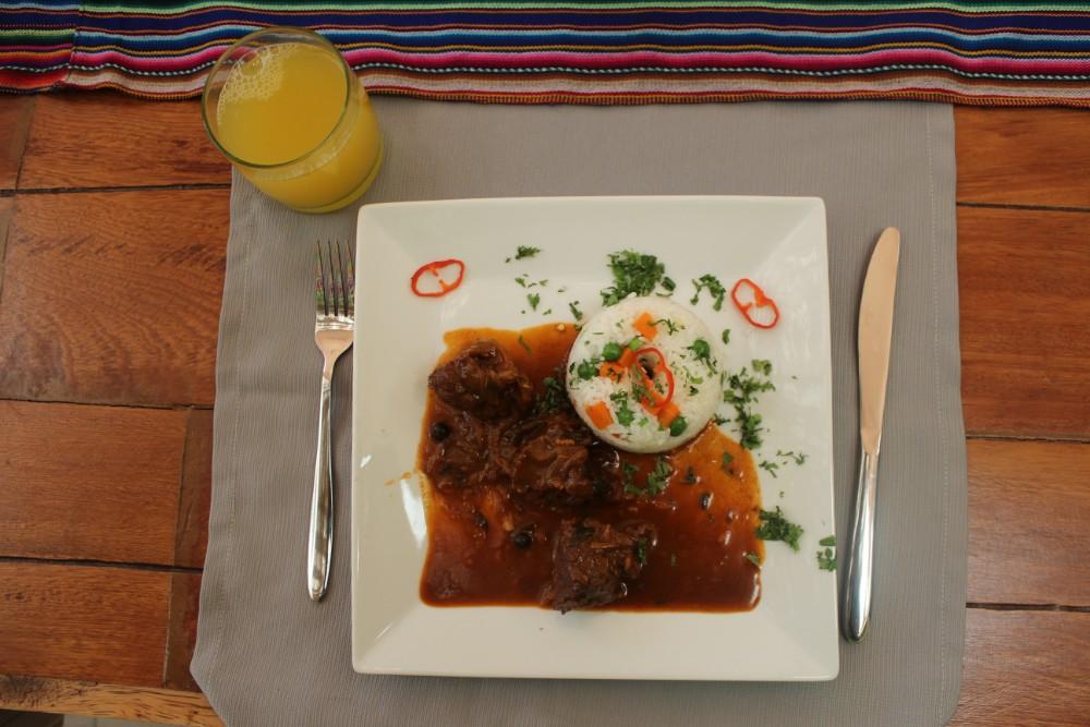 Kochschule Yummy Kochkurs Lima Lecker Hauptspeise Huatia Reis Fleisch Gemüse