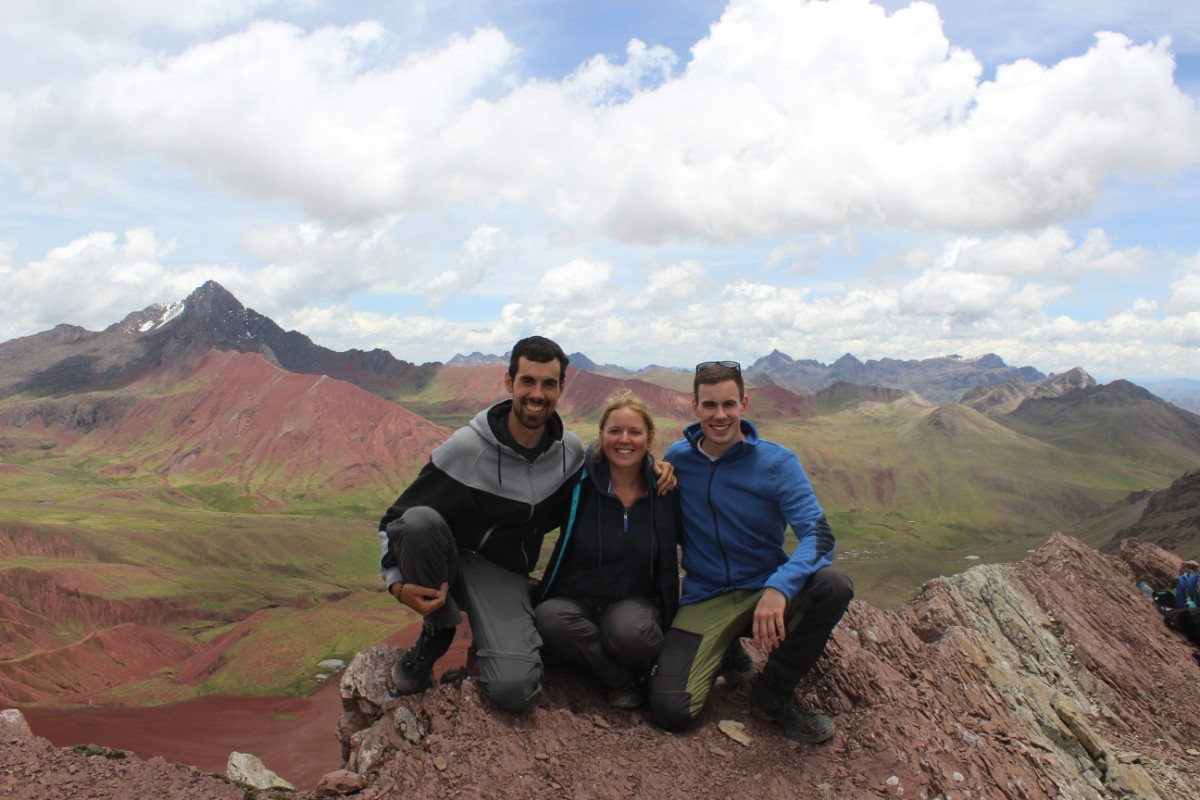 Rainbow Mountains Red Valley 5200 Meter Wandern Natur Beeindruckend Peru Südamerika