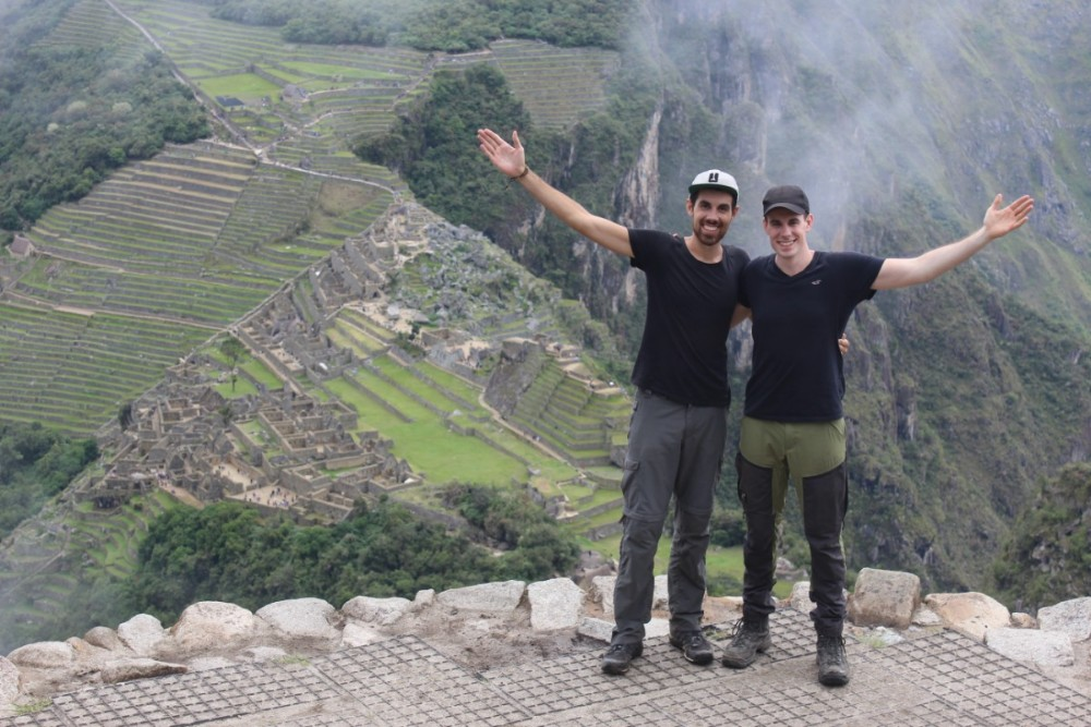 Machu Picchu Peru Südamerika Inka Ruinen  Beeindruckend Wanderung geschafft Wayna Picchu Aussicht