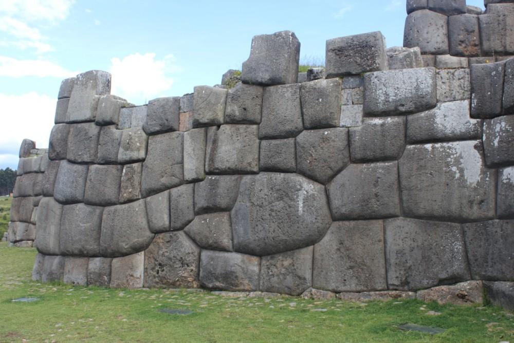Cusco Peru Südamerika Inkastätten Stadt der Könige Indigen Sacsaywamen Mauer Steine