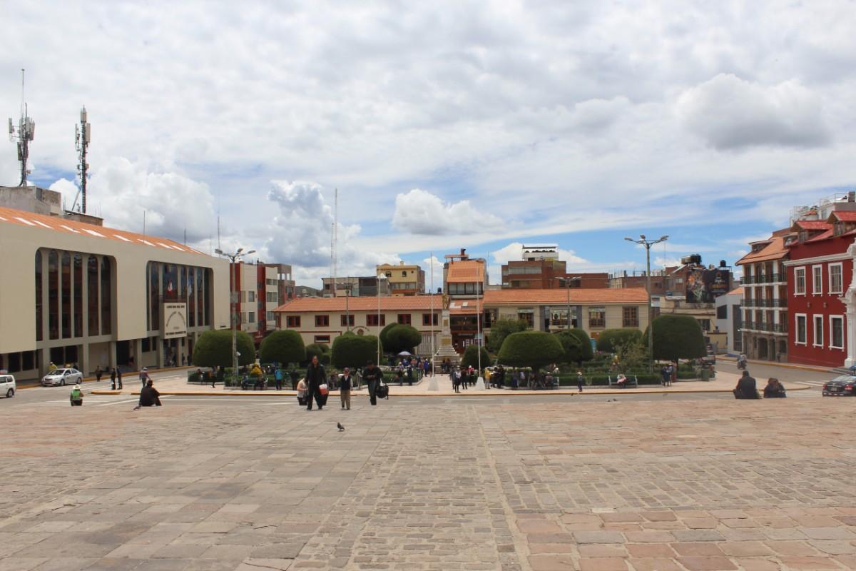 Puno Titicacasee Peru Südamerika Bergstadt Zentrum Hauptplatz