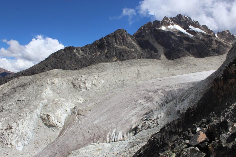 Huayana Potosi Wandern Bergsteigen 6000er La Paz Bolivien Südamerika Gletscherzunge