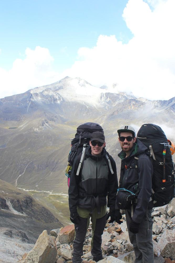 Huayana Potosi Wandern Bergsteigen 6000er La Paz Bolivien Südamerika Aufstieg Großer Rucksack