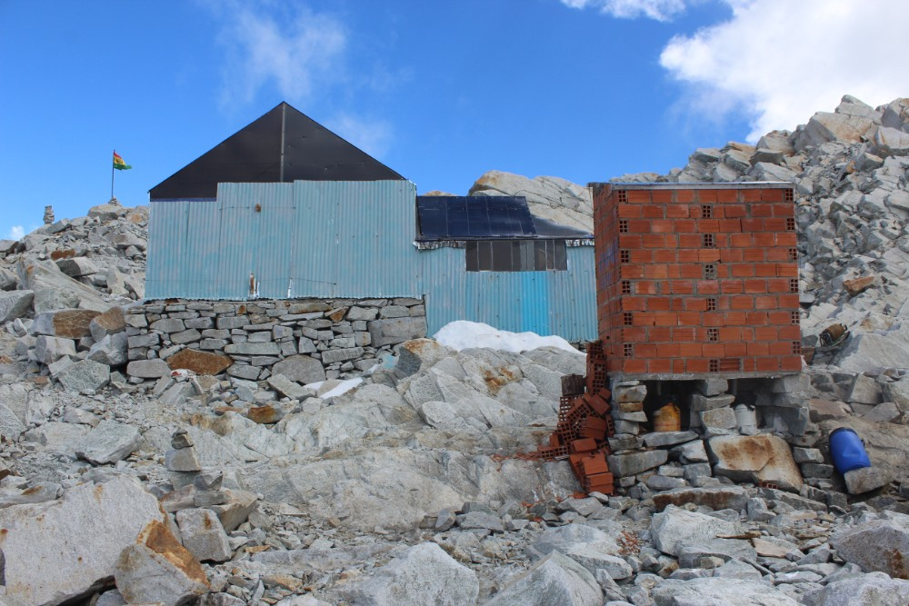 Huayana Potosi Wandern Bergsteigen 6000er La Paz Bolivien Südamerika High-Camp Unterkunft
