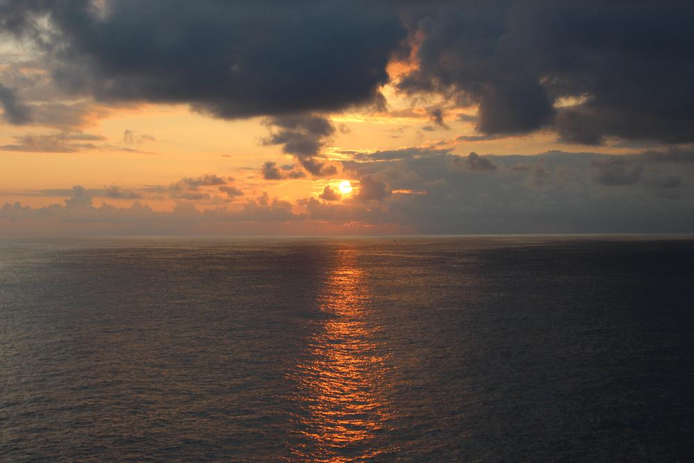 Sonnenaufgang-Meer