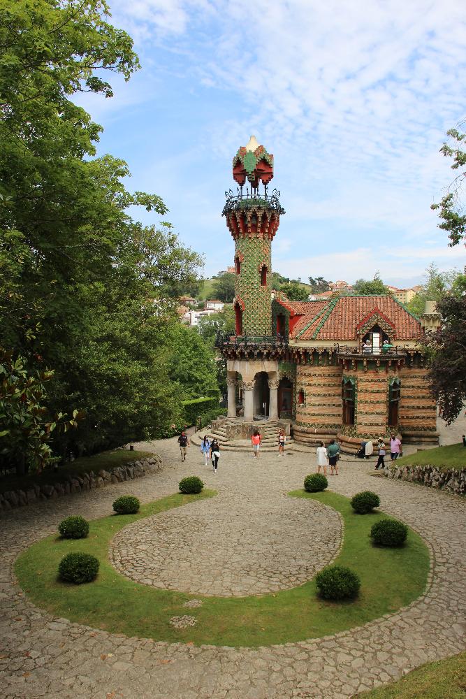 Gaudi-Villa