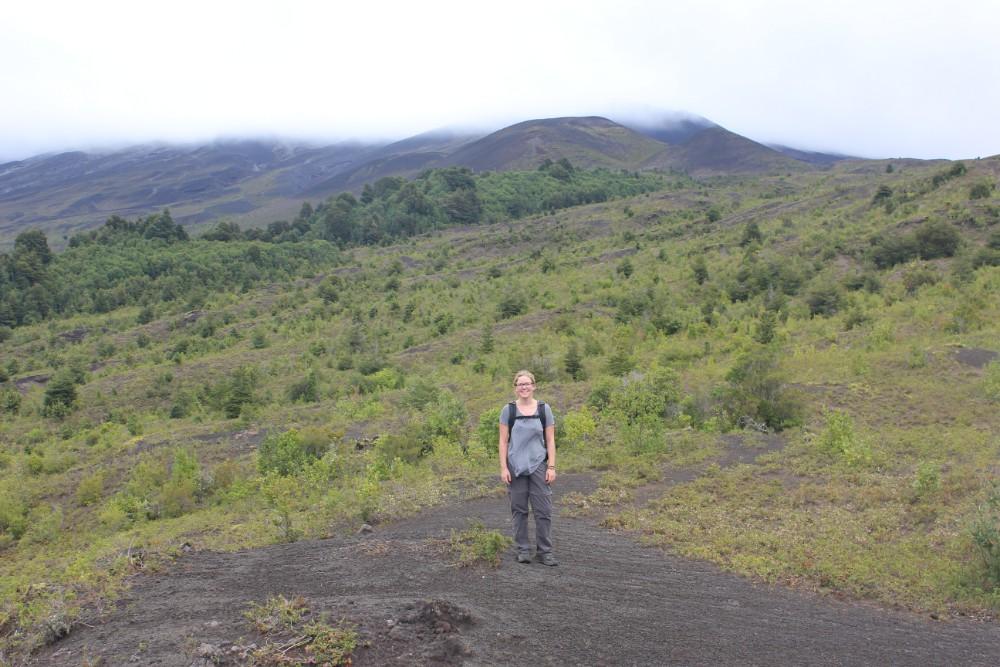 julia-vor-dem-vulkan