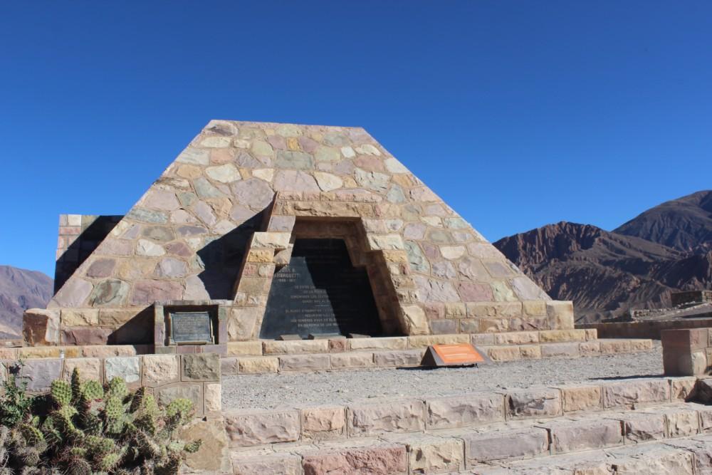restaurierter-tempel-der-pukara