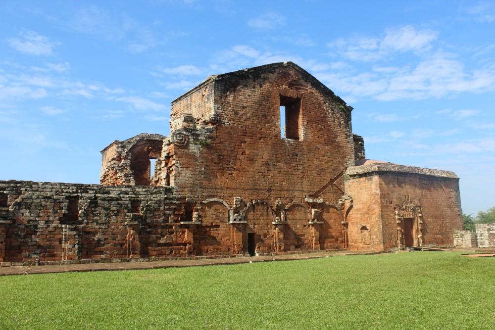 ruinen-von-einer-kirche-der-jesuiten